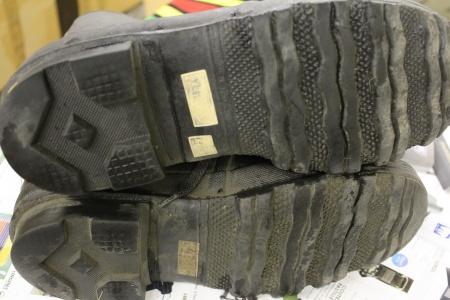rangers et bottes surplus militaire en ligne stenay. Black Bedroom Furniture Sets. Home Design Ideas