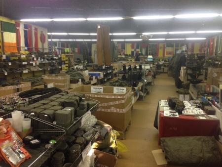 Surplus militaire de stenay surplus militaire en ligne - Surplus militaire brest port de commerce ...